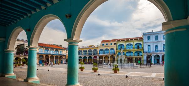 DATOS SOBRE CUBA: UN VIAJE EN LA ARQUITECTURA DE LA ISLA
